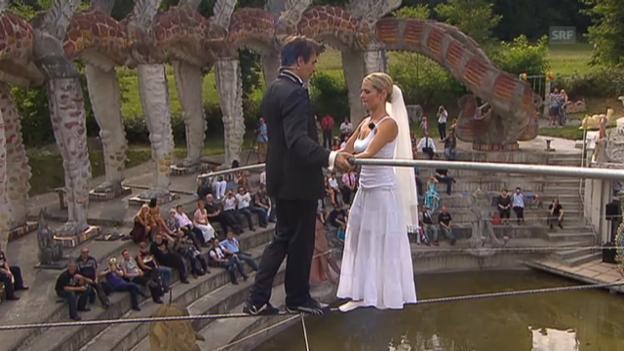 Video «Freddy Nock heiratet seine Ximena auf dem Hochseil» abspielen
