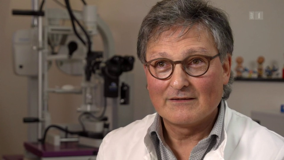 Augenarzt Dietmar Thumm: «Wenn etwas für einen Franken gerechnet wird und ich verdiene damit 82 Rappen, dann muss ich irgendwie probieren das, was mir fehlt, wieder reinzuholen.»