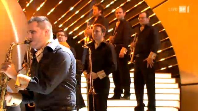 Christoph Walter Orchestra spielen den Opening Song des «SwissAward» 2011