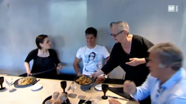 Video «Goldenes Rüebli – Teil 2: Christa de Carouge» abspielen