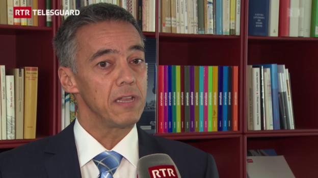 Laschar ir video «In center per requirents d'asil a Domat»