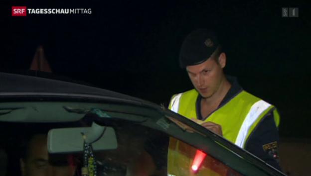 Video «Österreich verstärkt seine Strassen-Kontrollen» abspielen
