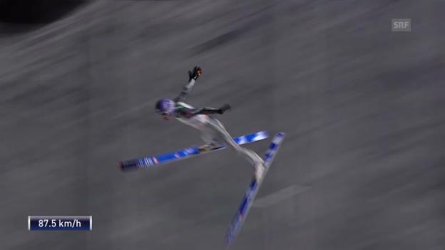 Video «Skispringen: Weltcup Kuusamo, Sturz von Wellinger» abspielen