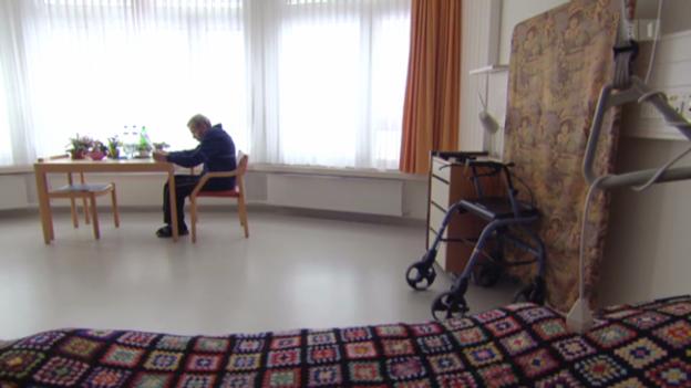 Video «Akutgeriatrie - Das Aufbauprogramm nach der Behandlung» abspielen