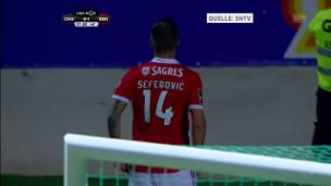 Video «Das goldene Tor von Haris Seferovic bei Chaves - Benfica (0:1)» abspielen