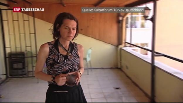 Video «#srfglobal erhält Brief von Schriftstellerin Asli Erdogan» abspielen