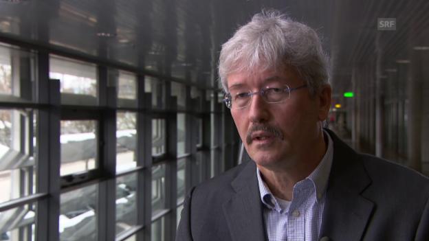 Video «Was empfiehlt Swisscom für Lifte mit analogen Notrufsystemen?» abspielen