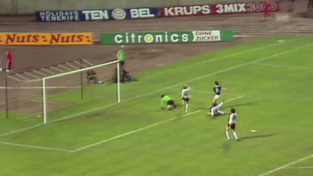 Video «Fussball: WM 1974, BRD-DDR, Tor Sparwasser» abspielen