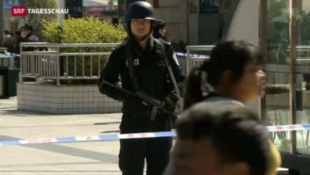 Video «Kunming am Tag nach der Messer-Attacke» abspielen