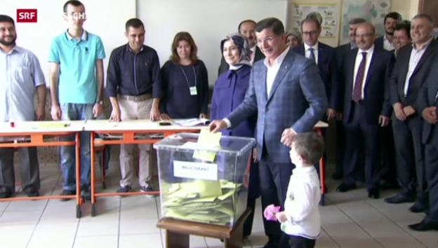 Video «Türkei wählt neues Parlament» abspielen