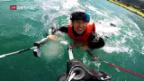 Video «Wasser statt Schnee: Holdener beim Kitesurfen» abspielen