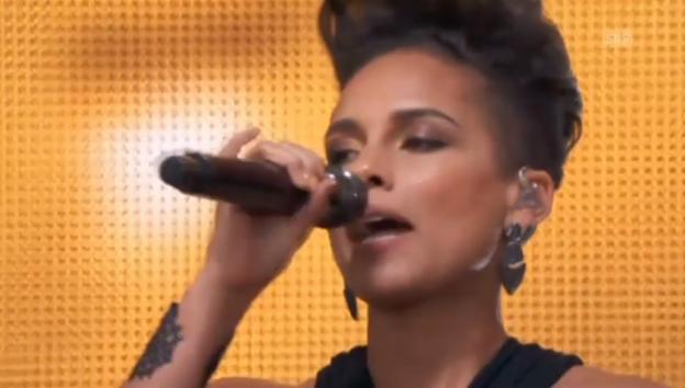 Video «Musiker singen am «Global Citizen Fest» gegen die Armut» abspielen