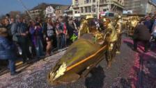 Video «Basler Fasnacht 2014: Cortège» abspielen