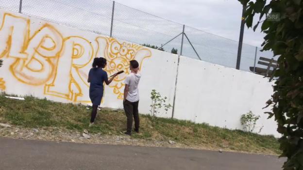 Video «Zeitraffer: Oberstufenschüler sprayen an eine Wand» abspielen