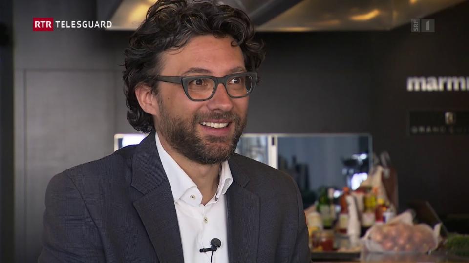 Andrin Willi - il schefredactur da la revista Marmite
