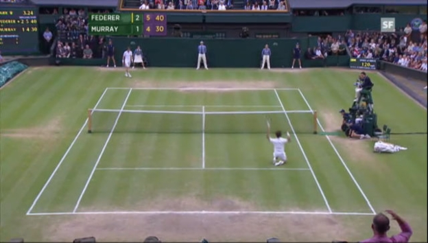 Video «Roger Federers Sieg in Wimbledon 2012» abspielen