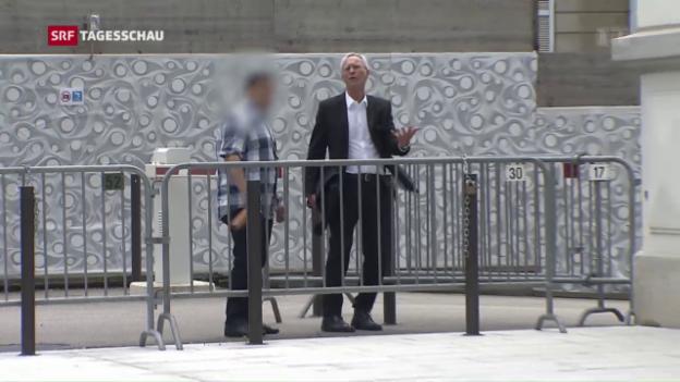 Video «Bedingte Haftstrafe für IS-Unterstützer» abspielen