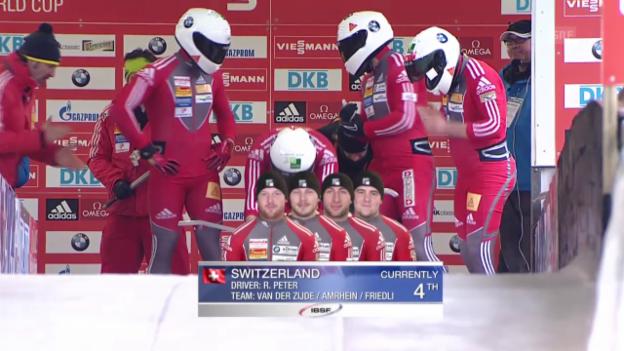 Video «Viererbob: Weltcup Altenberg, 2. Lauf Peter» abspielen