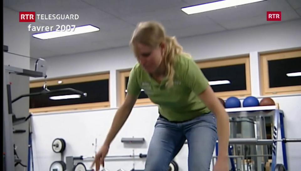 2011: Tamara Wolf chala sco skiunza professiunala