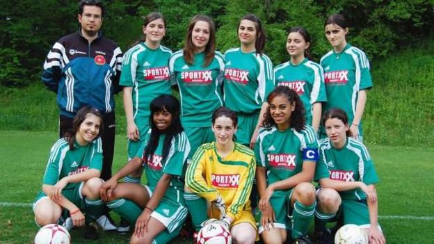 Video «Die Girls vom FC Bethlehem» abspielen