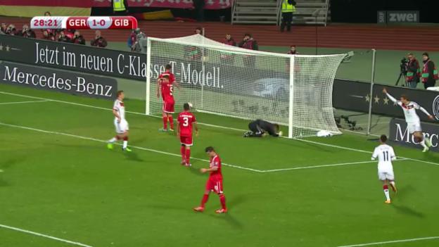 Video «Fussball: EM-Qualifikation, die Tore bei Deutschland - Gibraltar» abspielen