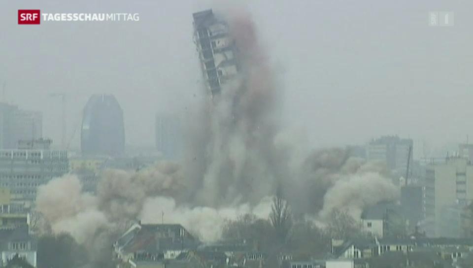 Sprengung des Frankfurter Uni-Turms