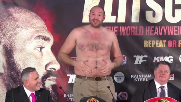 Video «Fury: «I am a fat man» (Quelle: SNTV)» abspielen
