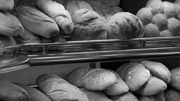 Arbeiten und Singen in der Embracher Bäckerei
