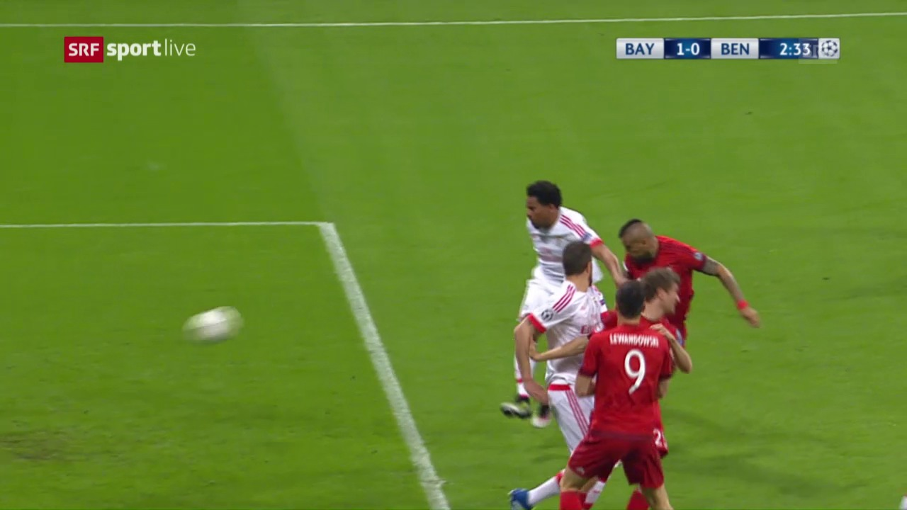 Nach 107 Sekunden trifft Vidal für Bayern zum 1:0