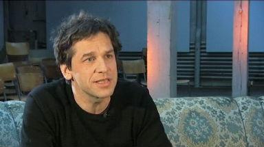 Video «Nicole Salathé im Gespräch mit Guy Krneta» abspielen