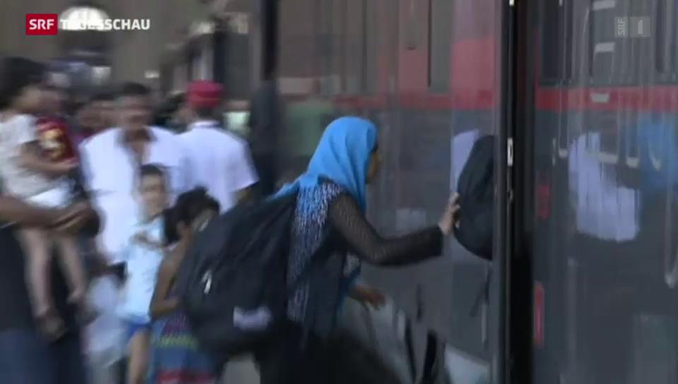 Flüchtlinge stürmen Züge