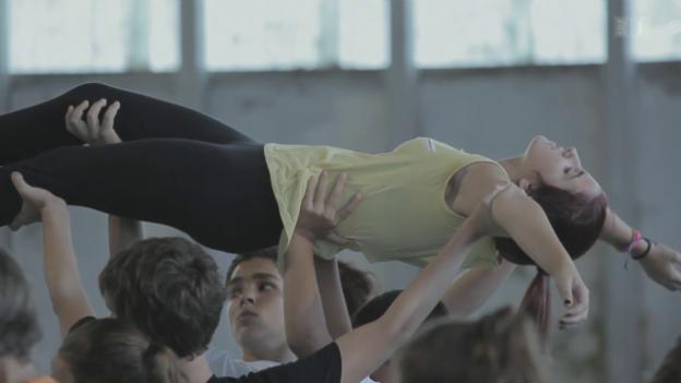 Video «Five Days to Dance – Ein Tanzprojekt verändert Leben» abspielen
