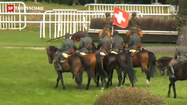 Video «Gedenken an das Militär-Relikt Kavallerie» abspielen
