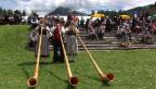 Video «Eidgenössisches Jodelfest: Alain Berset und seine Traditionen» abspielen