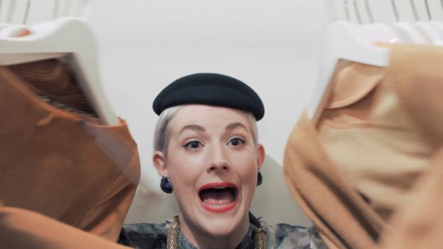 Video ««Nägeli mit Chöpf»: Verkäuferinnen» abspielen