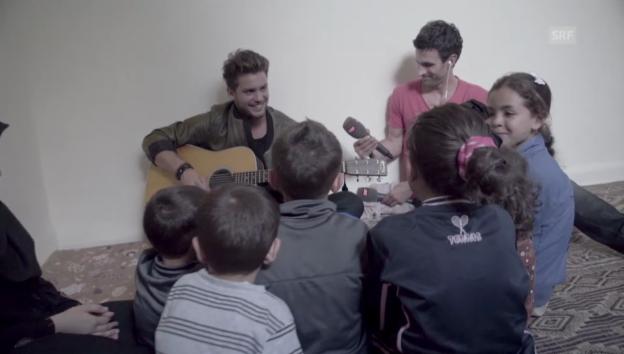 Video «Bastian Baker in einem syrischen Flüchtlingscamp» abspielen