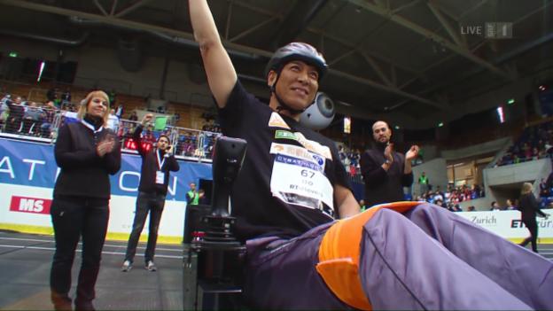 Video ««SRF Menschmaschine» II: Rollstuhlparcours und Samuel Koch» abspielen
