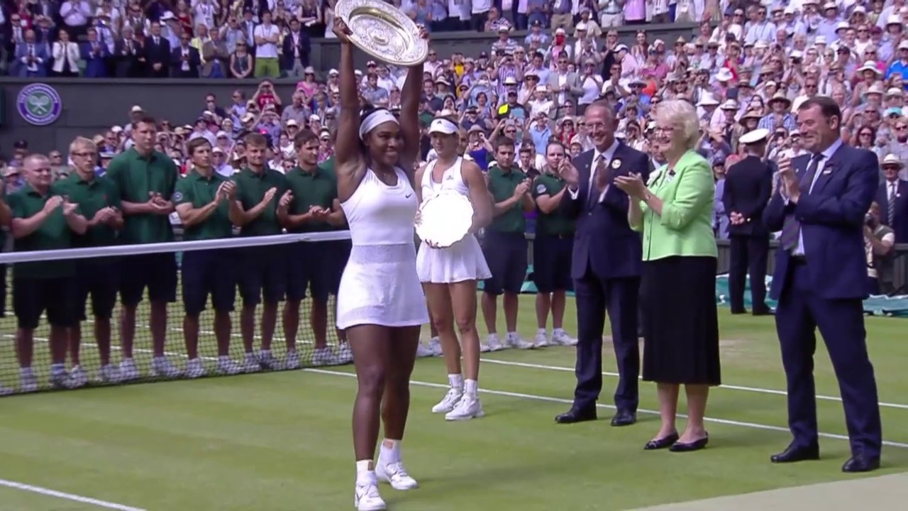 Tennis: Wimbledon, Pokalübergabe an Serena Williams