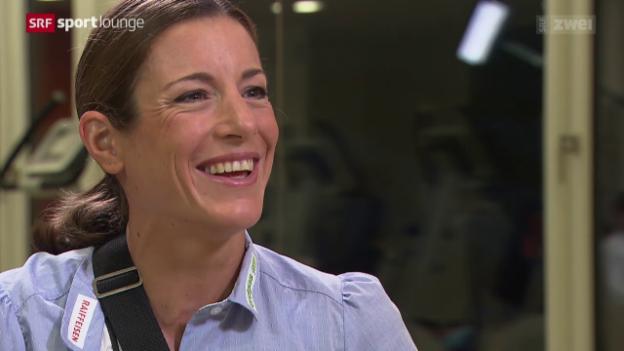 Video «Nicola Spirig nach der Hand-OP: Das Gespräch» abspielen