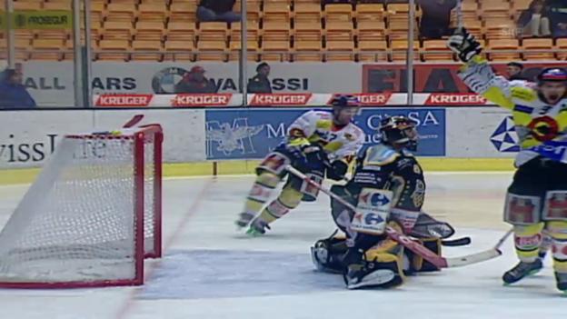 Video «Eishockey: 5. Viertelfinalspiel Lugano - SC Bern - Kloten («sportlive» 07.03.2005)» abspielen