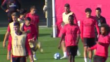 Link öffnet eine Lightbox. Video Ramos schiesst im Real-Training einen Mitspieler ab abspielen