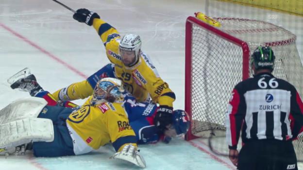 Video «Eishockey, Playoff-Final, Riesenchance und Save Baltisberger» abspielen
