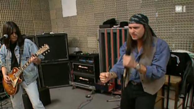 Video «Hommage an Steve Lee» abspielen