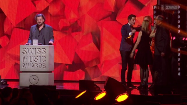 Video «Swiss Music Awards 2016» abspielen