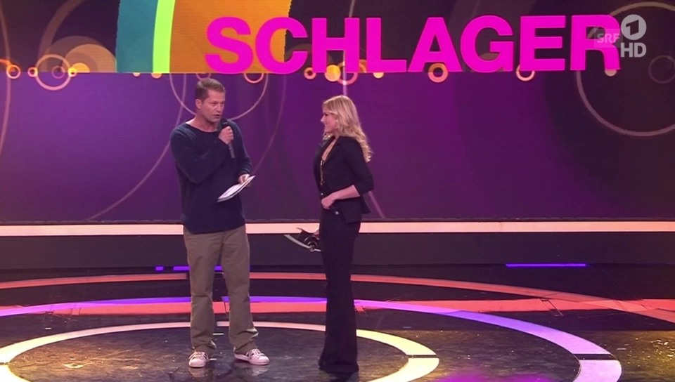 Til Schweiger überreicht Helene Fischer den Echo