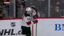 Link öffnet eine Lightbox. Video Hischier und Niederreiter brillieren in der NHL abspielen