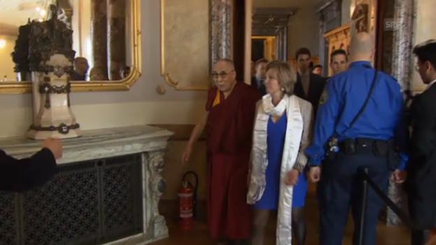Video «Dalai Lama im Bundeshau» abspielen
