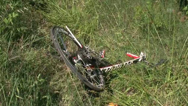 Video «Bilder von der Unfallstelle» abspielen