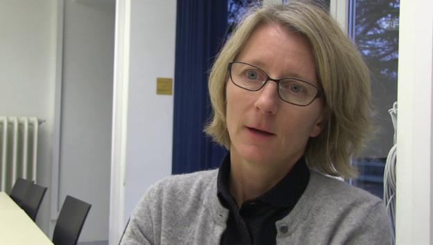 Video «Marianne Rohrbach erklärt Josephines Krankheit» abspielen