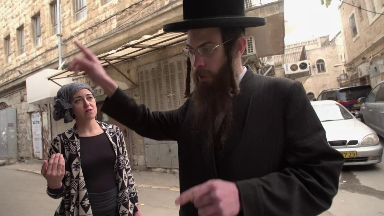 Filmen im Viertel Mea Shearim in Jerusalem